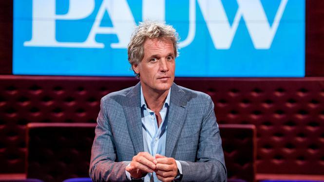 2014-09-03 21:06:04 AMSTERDAM - Portret van tv-presentator Jeroen Pauw in de studio waar zijn solo late night talkshow Pauw wordt opgenomen. ANP KIPPA FERDY DAMMAN